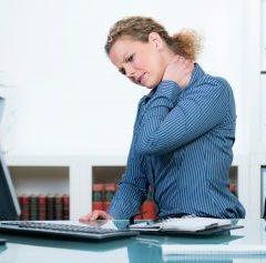 Praca biurowa i schorzenia z nią związane
